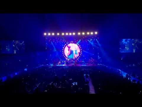 Arijit Singh LIVE IN CONCERT CHICAGO 2017 - Tum hi Ho Aashiqui 2 - Audience Chorus