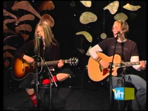 Avril Lavigne - My Happy Ending  Live At Vh1 Acoustic 2004 video