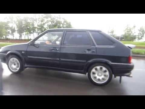 Ваз 2114 против Тoyota Camry 3,5 V6 (277 л.c.)