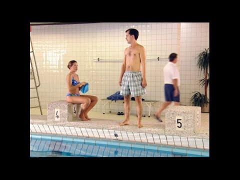 Jetzt Abonnieren: http://bit.ly/1aYTIZV Ankes Mann ist unzufrieden mit seiner neuen luftigen Badehose und sagt, dass er seine alte besser findet. Anke verste...