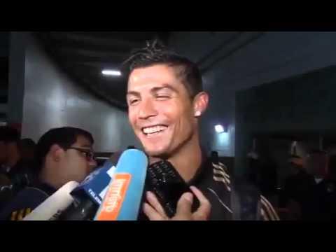 Cristiano Ronaldo ispravlja novinara