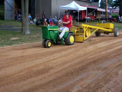 john deere 110 tricycle front end pulling