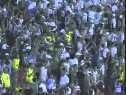Marcos Assun��o todos os gols de falta.