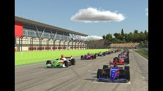 iRacing | First race in the Formula Renault 3.5 at Imola - What the heck?!
