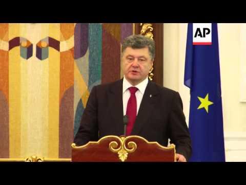 Poroshenko and Barroso on efforts to maintain truce in Ukraine