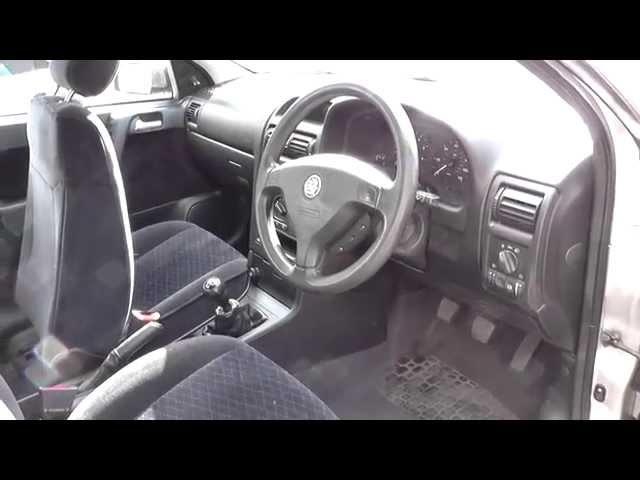 Astra G Mk4 Fuse Box Location - YouTube
