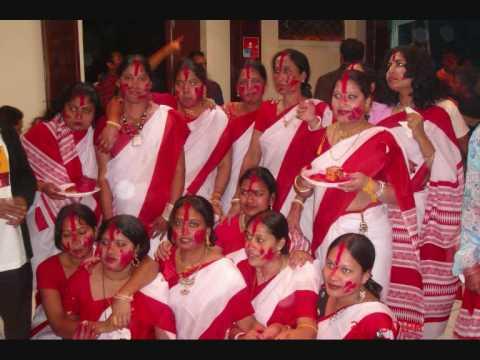 Eso Eso Amar Ghore (paris Durga Puja 2006-7 Dayal) video