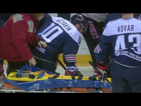 Wojtek Wolski gets seriously injured, unable to continue the game