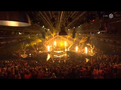 Bonfire Heart by Chris Schummert & James Blunt @ 2013 Voice of Germany Finale