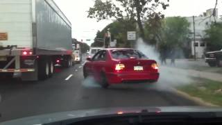 BMW e39 m5 burnout scares jews