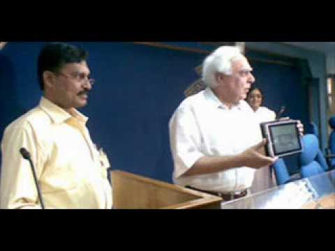 Kapil Sibal Reappears with Mythical Sakshat Tablet for October Launch
