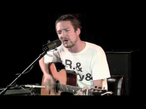 Frank Turner - The Road (Acoustic) (Live @ Betarecords)