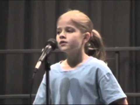 o Holy Night By 8 Yr Old Jackie Evancho video