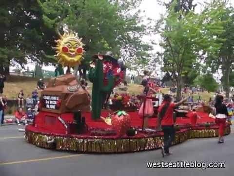 Marysville Strawberry Festival float at West Seattle Grand Parade 2013