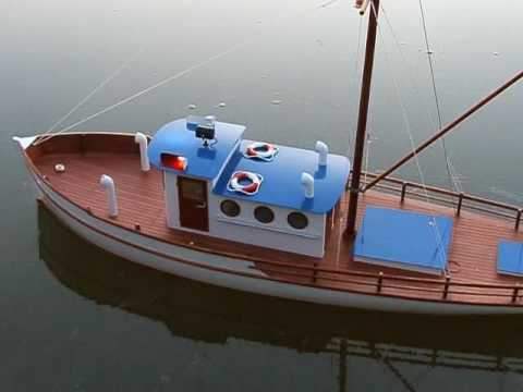 RC model, lod NAXOS, rc fishing boat, elektro