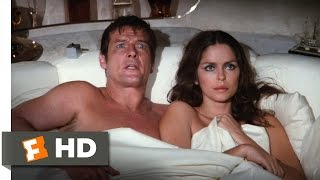 The Spy Who Loved Me (10/10) Movie CLIP - The Escape Pod (1977) HD