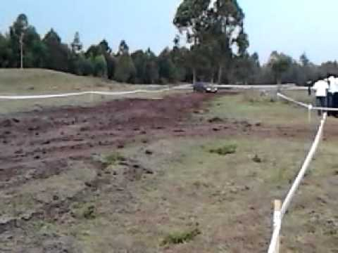 Subaru Legacy GT BG5 2000cc Twin Turbo playing in the mud
