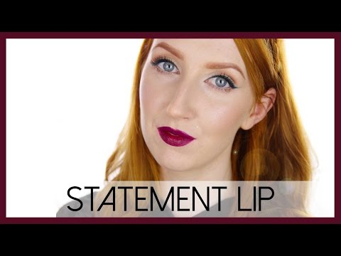 Rich Autumn Makeup | Plum Lips & Emerald Eyeliner
