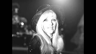 Watch Lynsey De Paul Love Bomb video