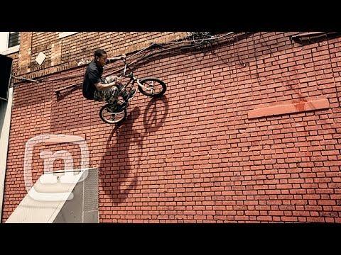 Bmx Street Rider Desmond Rhodes - The King Of Nyc Streets: Asphalt Nyc video