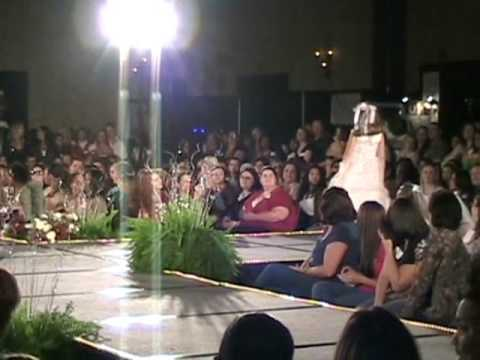 0 Flower Girl Dresses   So Sweet Boutique   Bridal Fashion Show