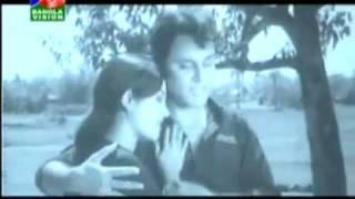 Chirodin Sathi Tomake Chai ( Film- Kalo Golap)