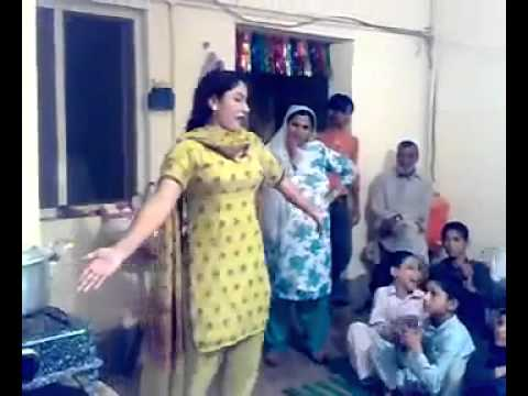 Kitchen Dancing Bold Girl With In Pashto Song Home Made Video video