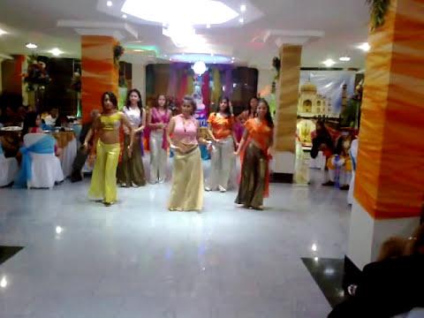 Jonathan Moran - Quinc Sarai Sing - Coreografia Indu