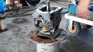 Repair the Sauer-Danfoss axial variable displacement piston pump