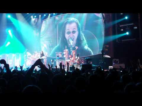 Rush - Intro/Spirit Of Radio live in Frankfurt 29/05/2011