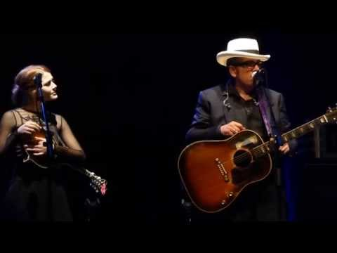 Elvis Costello - Thats Not The Part Of Him Youre Leaving