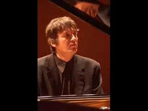 Boris Berezovsky plays Rachmaninoff Prelude in C# Minor