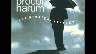 Watch Procol Harum Holding On video