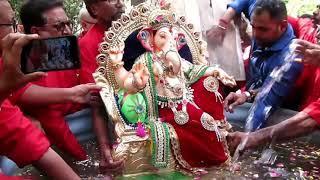 "Eco-Friendly Ganesh Visarjan of ""रक्त-दान"" का राजा 2018, Chanllagali Yuvak Mandal, Surat(Guj)"