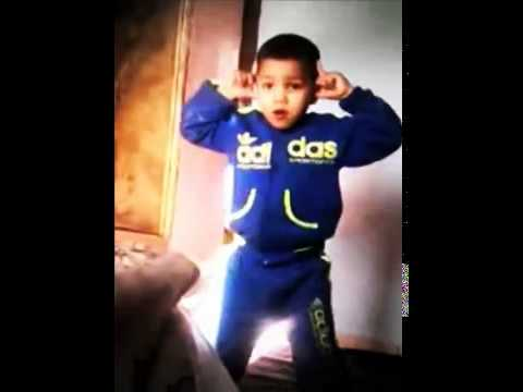 اروع رقصة مغربي من طفل الراب 101/100HD thumbnail