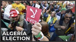 Algeria unrest: Demands for reform ahead of election