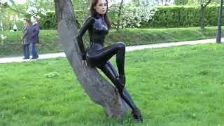 Ballet Heels - Black latex & Green grass Full HD