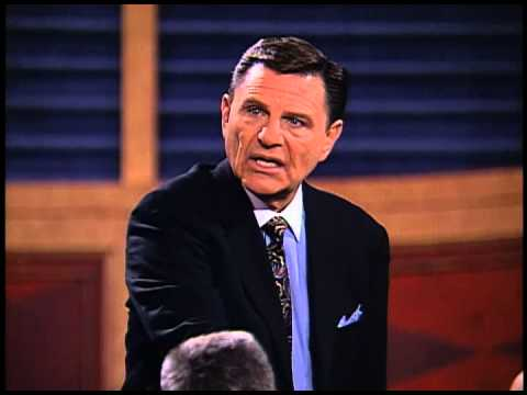 Building Relationships That Last - A Special Fathers Day Message from Kenneth Copeland