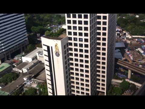 Crowne Plaza Hotel Bangkok Lumpini. Review of a Suite 3207