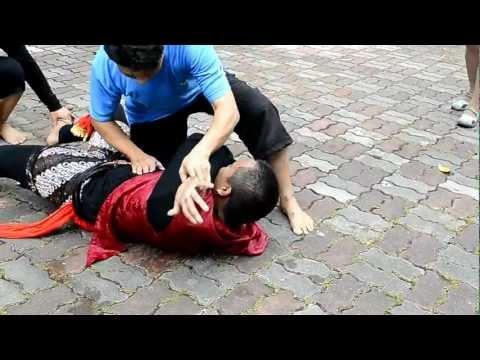 Kuda Kepang  ---  Sri Cempaka Puteh (1) video