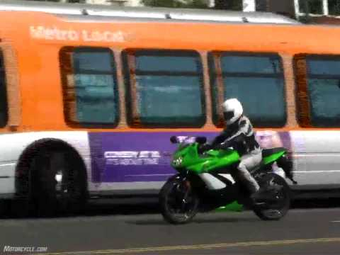 Motorcycle Reviews - 2009 250cc Streetbike Shootout