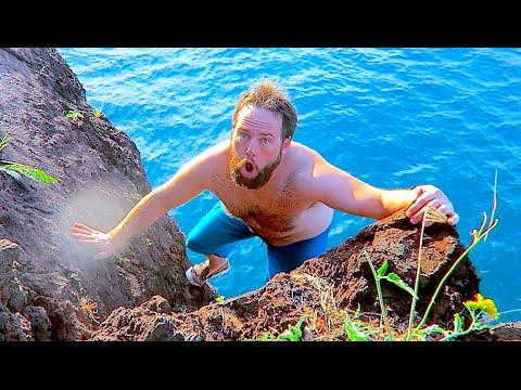 HAWAIIAN CLIFF DIVING!