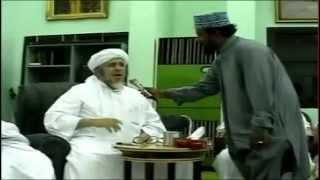 সাইয়্যেদ আলাভি আল মালেকির সাথে শায়েখ নুরুল ইসলাম ফারুকির সাক্ষাৎ [মুসাফির অনুষ্ঠানে]