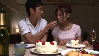 Kissing Sence - The Sexy Japanese Girl Kissing Sence HOT