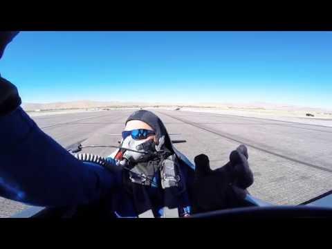 Colisión de avionetas de carrera captada en cámara