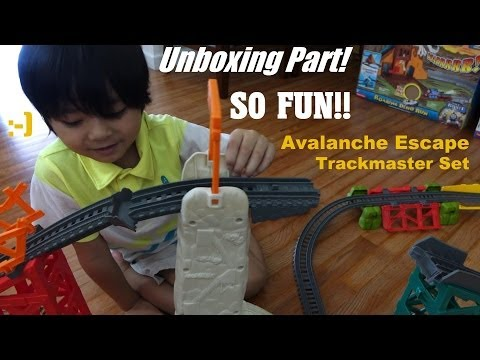 Thomas & Friends: Unboxing Trackmaster Avalanche Escape Set - New, 2014! video