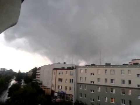 Trąba Powietrzna Olsztyn 08 08 2011