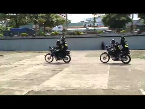 44 policías motorizados recibieron capacitación