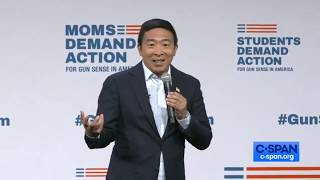 Andrew Yang Speaks at the Everytown Gun Safety Forum, Des Moines IA (August 10, 2019)