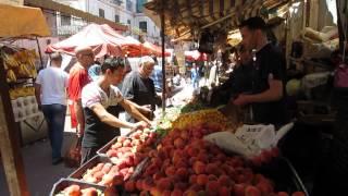 Algeria | Street Scenes in the Algiers' historic Casbah | Algerie